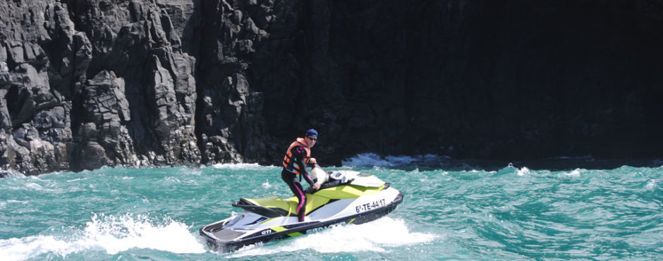 Jet-ski-safari-tenerife-south-Acquatic-Cave